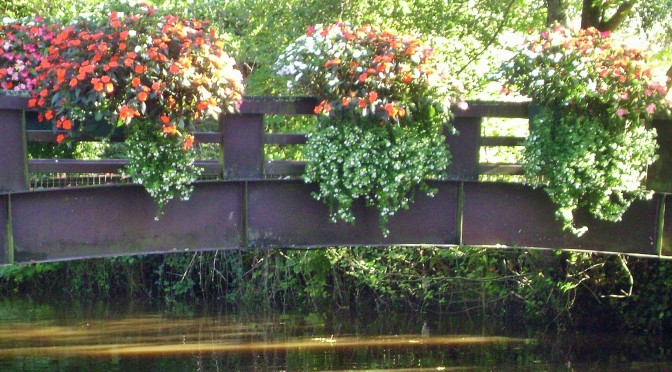 Container Gardening Ideas: The Flowered Bridges of Daoulas