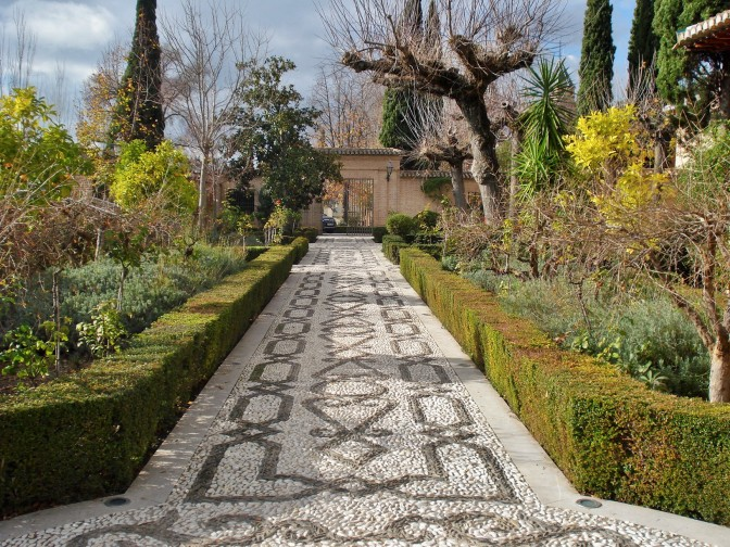 Pebble Designs & Patio Flooring Ideas from the Courtyards of Spain