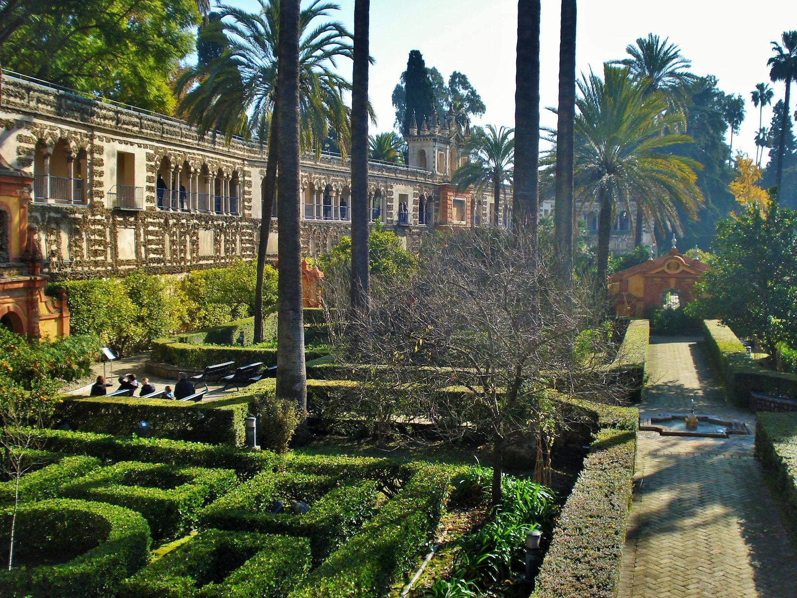 Sevilla's Alcazar: Ladies Garden and Hydraulic Organ in the Mannierist Gardens