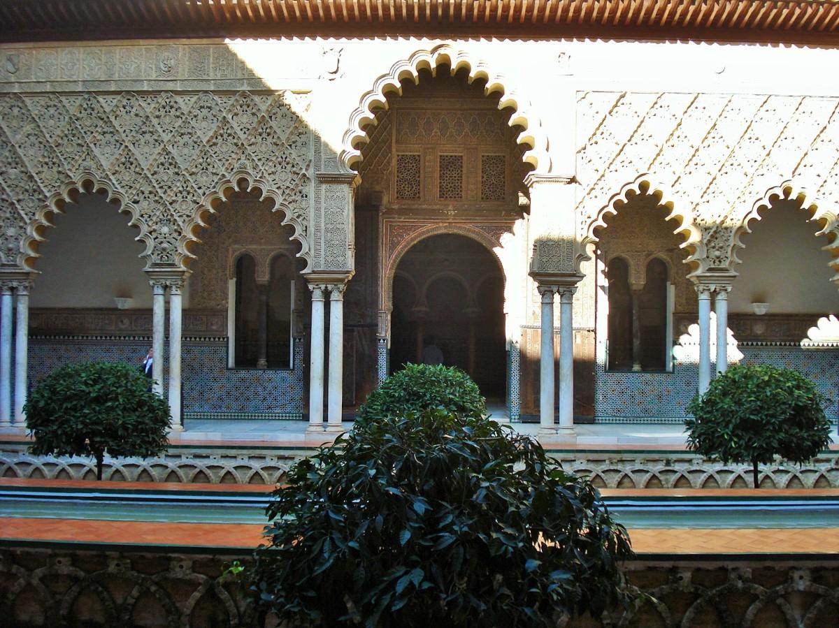 Sevilla's Alcazar: The Courtyard of the Maidens