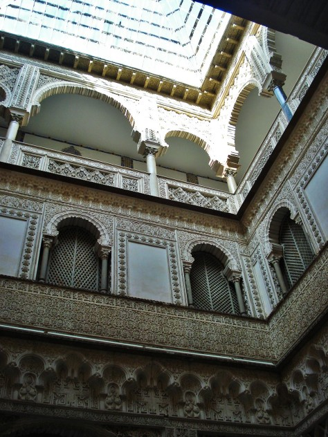 Alcazar Palace and Gardens, Courtyard of the Maidens, Sevilla